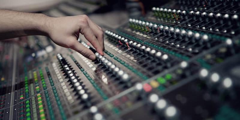 Свето-звукорежиссёр